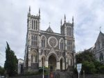 Dunedin_Catholic_Cathedral_002