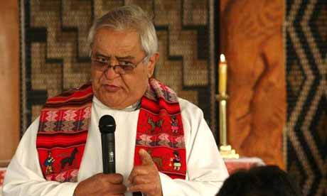 Long-time-mentor-Hone-Kaa-preaches-the-kauhau-for-Michael-Tamihere-s-priesting_imagelarge